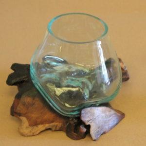 Vase artisanal sur racine teck en verre soufflé et sels de bains