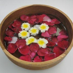 """Vasque en bois massif pour bain de pieds """"Fait main à Bali"""""""