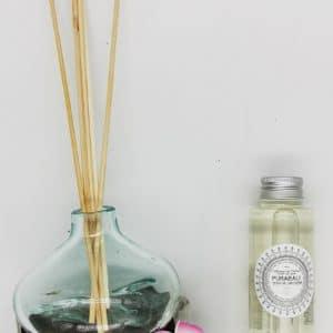 """Diffuseur de parfum d'ambiance en verre souflé sur racine """" fait main à Bali"""""""