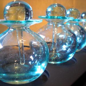 "Lot de 3 Flacons en verre soufflé translucide ""Made in Bali"""